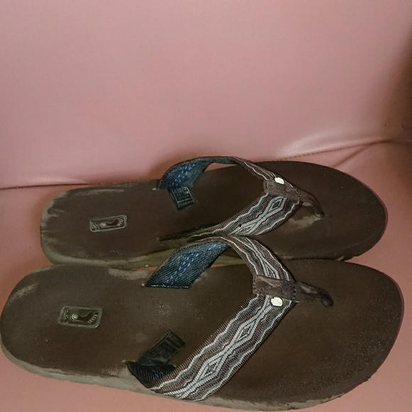 new style 150c9 1efca Teva 11 men's flip-flop brown rubber preowned